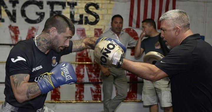 """Emanuel """"Tranzforma"""" Taylor Julio Cesar Chavez Jr. Lucas Matthysse Saul """"Canelo"""" Alvarez Boxing News"""