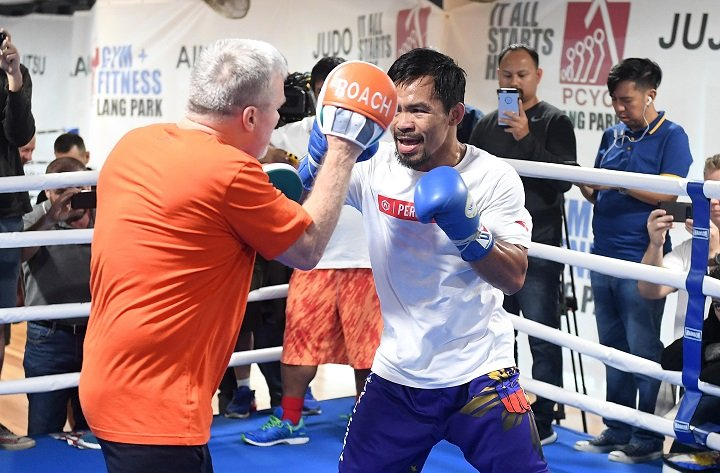 Pacquiao says Freddie Roach not out as trainer yet