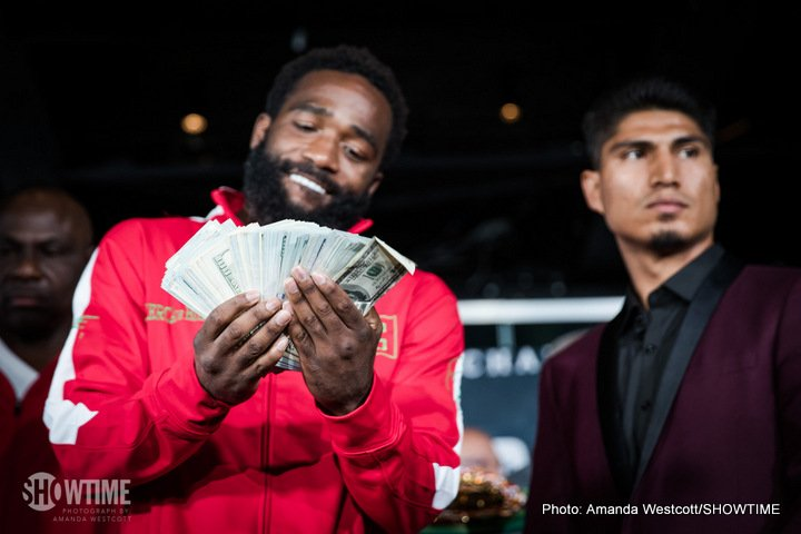 Adrien Broner, Mikey Garcia - This Saturday night live on Showtime, Adrien Broner meets Mikey Garcia in the main event from the Barclays Center in Brooklyn, New York. Even without a title on the line the stakes remain high based off the accomplishments of both men. Showtime will also be live-streaming the undercard via Facebook & Youtube, 3 fights in total including unbeaten heavyweight Jarrell 'Big Baby' Miller versus one-loss Gerald Washington.