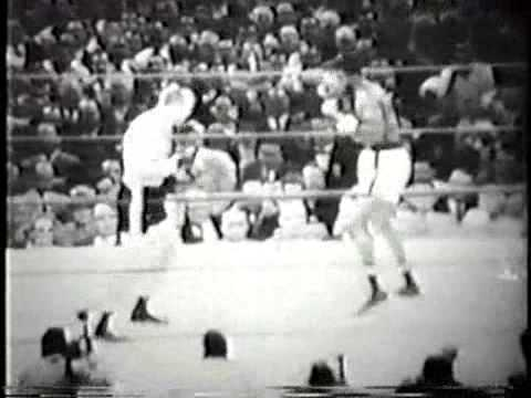 Boxing History - There will be no world title on the line on Saturday night when Conor McGregor, making his boxing pro debut, will climb into the ring to face huge betting favourite and common sense favourite, Floyd Mayweather Junior. However, there once was a fight, perhaps more derided and ridiculed than the upcoming bout, that saw a man make his pro debut AND challenge for a world title at the same time.
