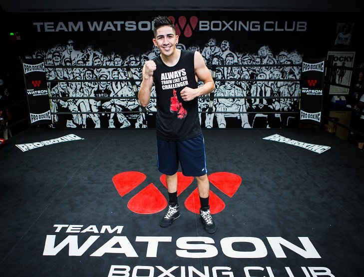 Chris Avalos - Three-division world champion Leo Santa Cruz hosted a media workout Tuesday at the new Team Watson Boxing Club in Lake Balboa, Calif. as he prepares to defend his featherweight titles against Chris Avalos on Saturday, October 14 in the main event of Premier Boxing Champions on FOX and FOX Deportes from StubHub Center in Carson, Calif.