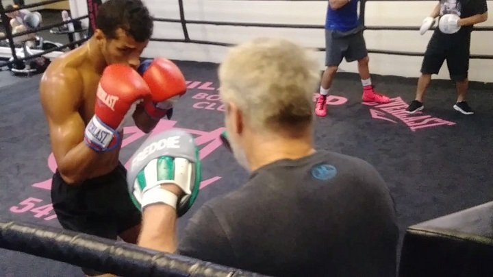 """Alberto Machado - There are just mere few days until Jezreel """"El Invisible"""" Corrales (22-1-0, 8 KOs) and Alberto """"Explosivo"""" Machado (18-0, 15 KOs) go toe to toe in their highly anticipated 12-round battle for Corrales' WBA Super World Super Featherweight Title this Saturday, Oct. 21 at Turning Stone Resort Casino. In the most important fight of their professional careers, both fighters shared their thoughts as they wrap up their respective training camps ahead of the championship main event, to be televised live on HBO Boxing After Dark® beginning at 10:05 p.m. ET/PT."""
