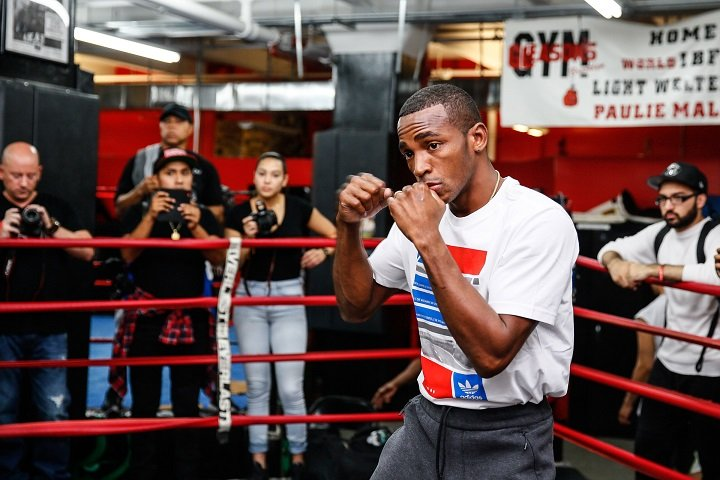 """Erislandy Lara, Terrell Gausha - WBA Super Welterweight World Champion Erislandy """"The American Dream"""" Lara and undefeated contender Terrell Gausha met with the New York media during a fight week open workout on Wednesday at Gleason's Gym just days before they headline a Premier Boxing Champions event Saturday, Oct. 14 live on SHOWTIME from Barclays Center, the home of BROOKLYN BOXING®."""