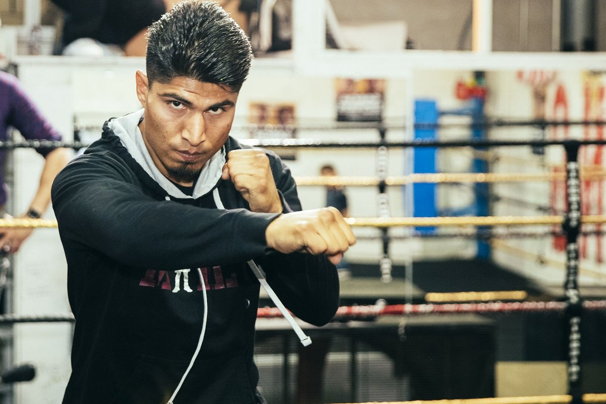 Mikey Garcia Sergey Lipinets Boxing Interviews Boxing News