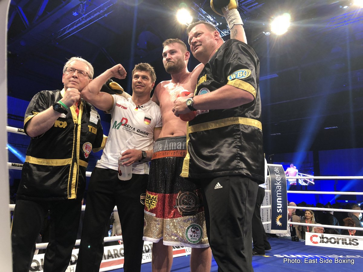 Agit Kabayel, Tom Schwarz - EBU heavyweight champion Agit Kabayel (18-0, 13 KOs) successfully defended his title for the second time in stopping an over-matched 24-year-old Miljan Rovcanin (19-2, 13 KOs) in the 3rd round on Saturday night in front of 3300 boxing fans at the the Estrel Convention Center, Neukoelln, Berlin, Germany.