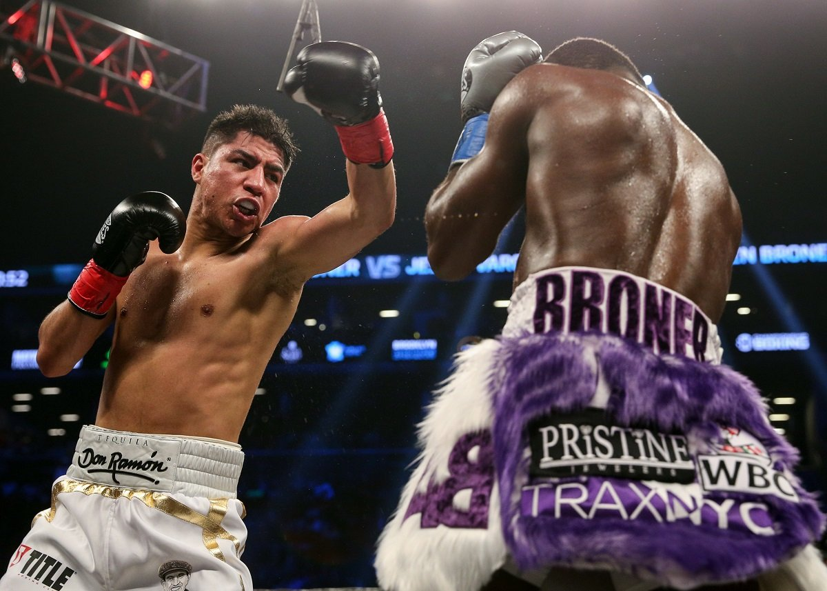 Broner and Vargas fight to 12-round draw