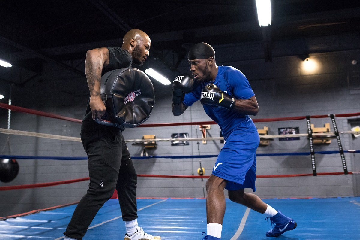 Ishe Smith - Former world champion Ishe Smith and 154-pound contender Tony Harrison spoke about their respective training camps and upcoming matchup just over a week before they square off in the Premier Boxing Champions on Bounce main event Friday, May 11 from Sam's Town in Las Vegas.