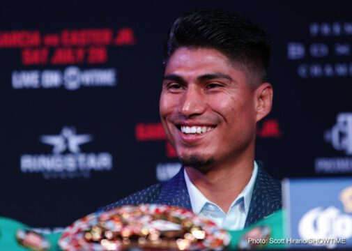 Mikey Garcia, Robert Easter Jr. - Lightweight world champions Mikey Garcia and Robert Easter Jr. went face-to-face Thursday at the final press conference two days before they enter the ring for a 135-pound title unification Saturday, July 28 live on SHOWTIME from STAPLES Center in Los Angeles in an event presented by Premier Boxing Champions.