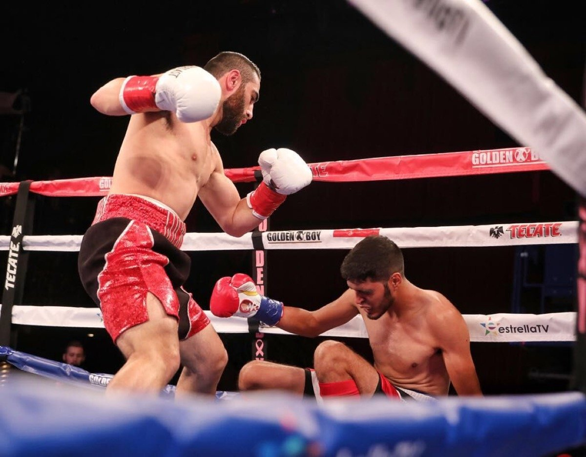 - Photo: Ray Navarrete/Supreme Boxing - Rising super welterweight prospect Ferdinand Kerobyan (11-0, 6 KOs) of North Hollywood, California phenomenally stopped Rolando Mendivil (10-6, 3 KOs) of Sinaloa, Mexico in the first round of the scheduled eight-round main event of the Oct. 12 edition of LA FIGHT CLUB at the Belasco Theater in Los Angeles and televised nationally on EstrellaTV's Boxeo Estelar.