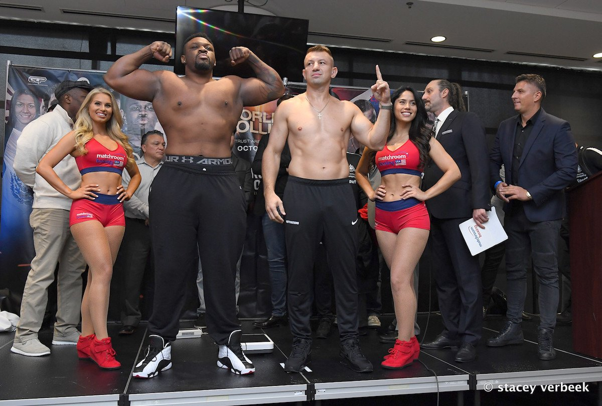 Tomasz Adamek - Jarrell Miller and Tomasz Adamek clash in what many (if not all) have called a mismatch, a gross one even. When the fight was first announced, fans groaned aloud, stating how ageing former light-heavyweight and cruiserweight champ Adamek has next to no chance. Now, with the two fighters having weighed-in, it's probably fair to assume these same fans will be giving the Polish warrior even less of a shot at winning.