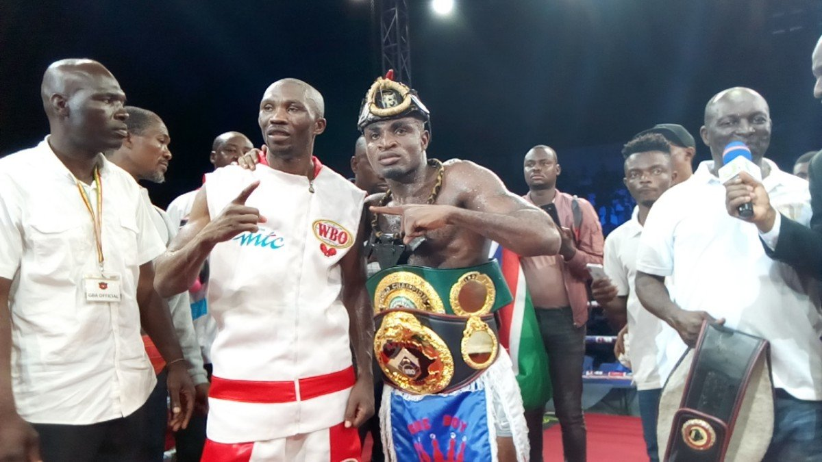 Emmanuel Tagoe - Emmanuel 'Game Boy' Tagoe of Ghana did not need to exert any sweat to outpoint Namibia's former world champion, Paulus Moses, winning every round in Accra on Saturday night to annex the WBO Africa lightweight title on unanimous points for the 29th straight victory of his now 14-plus years professional career.