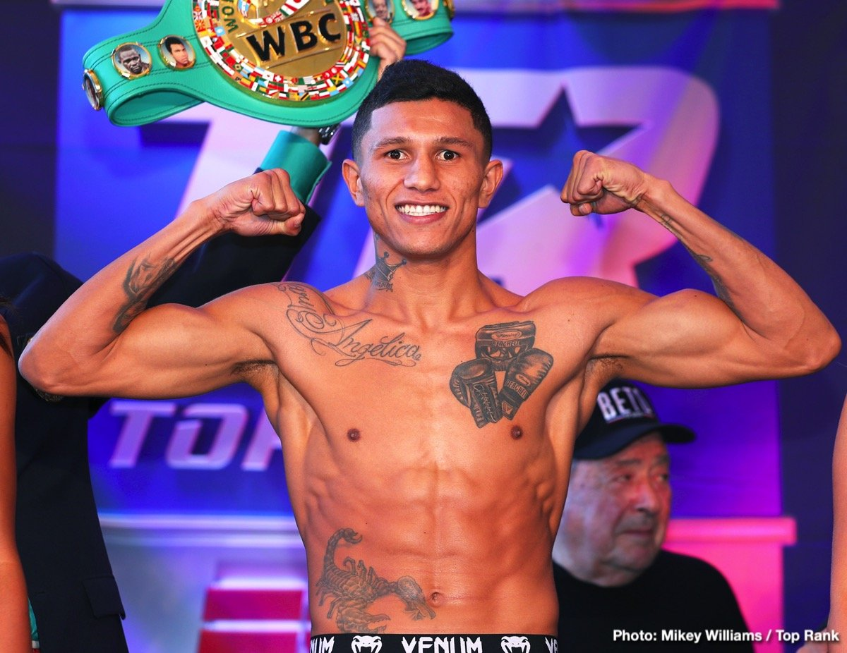 Miguel Roman - Expectations are high going into this Saturday night's fight between 130 pound warriors Miguel Berchelt and Miguel Roman, as is almost always the case whenever two proud Mexican fighters face each other. In fact, it's fair to say Saturday's WBC title defence by Berchelt, 34-1(30) against Roman, 60-12(47) is not getting the hype or attention it deserves; with only hardcore fight fans getting truly excited about the upcoming fight/war.