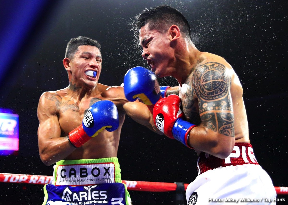 PHOTOS: Miguel Berchelt TKOs Miguel 'Mickey' Roman