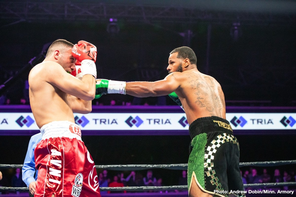 Anthony Dirrell, Avni Yildirim - What started out as a ho-hum night of fights eventually picked up and of course because this is boxing we had some controversy by night's end. The main event was contested for David Benavidez's WBC belt he was stripped of, in a razor-close championship bout either fighter deserved to get their hand raised. A patient beginning for Anthony Dirrell led to upper cuts that got Avni Vildirim's attention in the first. Both guys came out firing right at the bell in the 2nd as Vildirim pushed forward for most of the round cornering Dirrell on the ropes enough to get the nod. The third featured high-paced action, Vildirim getting the better of the inside work while Dirrell was sharp with his jab in a swing round. Another spirited round in the fourth, Avni crowded Anthony on the ropes, Dirrell fired return shots off the ropes.