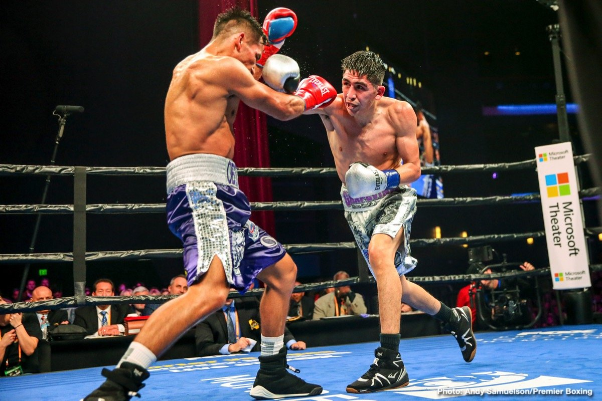 Leo Santa Cruz (36-1-1, 19 Kos) retained his WBA Super World featherweight title in beating substitute opponent Rafael Rivera (26-3-2, 17 KOs) by a 12 round unanimous decision on Saturday night in front of an enthusiastic crowd at the Microsoft Theater at L.A. Live in Los Angeles, California.
