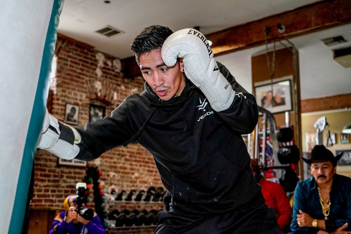 Hugo Ruiz Leo Santa Cruz Boxing News