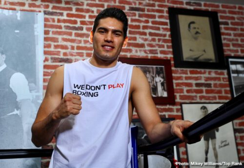 "Anthony Crolla, Gilberto Ramirez, Tommy Karpency, Vasyl Lomachenko - WBA/WBO lightweight world champion Vasiliy ""Loma"" Lomachenko and WBO super middleweight world champion Gilberto ""Zurdo"" Ramirez came to Fortune Gym in Hollywood on Monday for a media workout as they prepare for their respective bouts, April 12 at Staples Center."