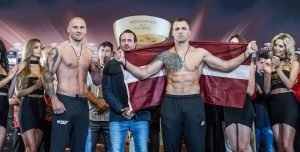 Andrew Tabiti, Mairis Briedis, Yuniel Dorticos - Mairis Briedis & Krzysztof Glowacki and Yunier Dorticos & Andrew Tabiti made weight in front of a large crowd ahead of their hotly anticipated WBSS Cruiserweight Semi-Finals and World Championship bouts tomorrow at the Arena Riga in Riga, Latvia.