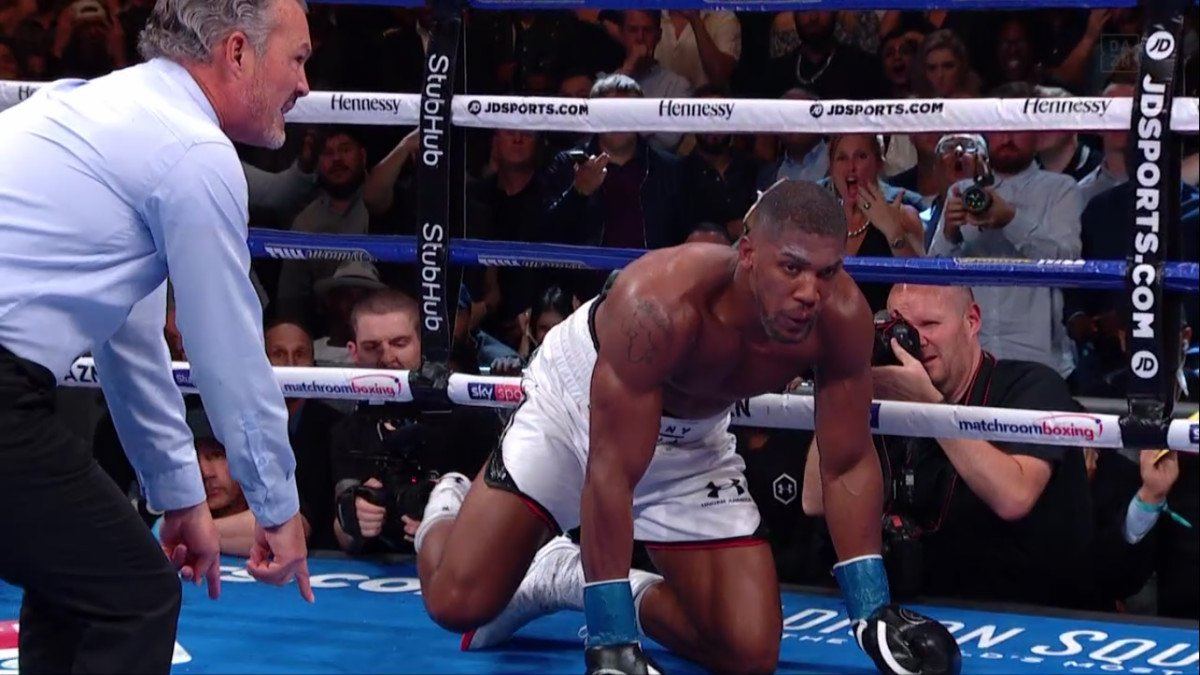 Andy Ruiz Jr, Anthony Joshua - IBF/WBA/WBO heavyweight champion Anthony Joshua (22-1, 21 KOs) was shockingly stopped by unheralded replacement opponent Andy Ruiz Jr. (33-1, 22 KOs) in the seventh round in an upset on Saturday night on DAZN at Madison Square Garden in New York.