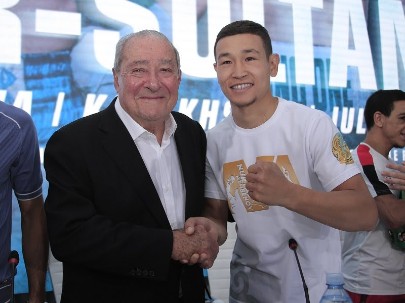 Bob Arum, Nordine Oubaali, Top Rank - Boxing legend Bob Arum has vowed that Kazakhstan boxing will go global following this weekend's huge #MTKFightNight event at the Barys Arena in Nur-Sultan – live on ESPN+ in association with Top Rank and on iFL TV.
