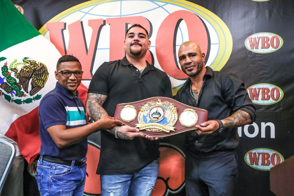 Andy Ruiz Jr, Anthony Joshua -  In a crowded and festive activity the World Boxing Organization (WBO), chaired by Francisco 'Paco' Valcárcel, Esq., awarded WBO Unified WBO Heavyweight Champion Andy Ruiz Jr. a commemorative belt in honor of his historic victory over Anthony Joshua to become the first Mexican world heavyweight champion.