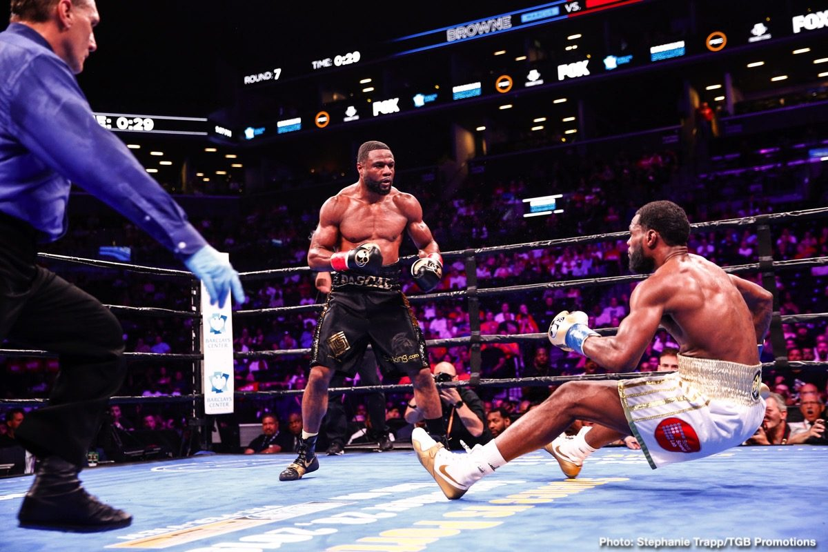Canelo Alvarez, Jean Pascal - WBA light heavyweight champion Jean Pascal is hoping Canelo Alvarez will come back up to 175 so that he can face him. Pascal (35-6-1, 20 KOs) wants to see Canelo try and make history a second time by coming up to 175 to challenge him for his belt.
