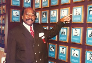 """Jose Napoles - As fans may have read or heard by now, welterweight great Jose Napoles passed away yesterday at the age of 79. The Cuban-born Mexican boxer who was slicker than slick both dazzled and delighted fans of The Sweet Science, his nickname of """"Mantequilla"""" (as in smooth as butter) being totally appropriate."""