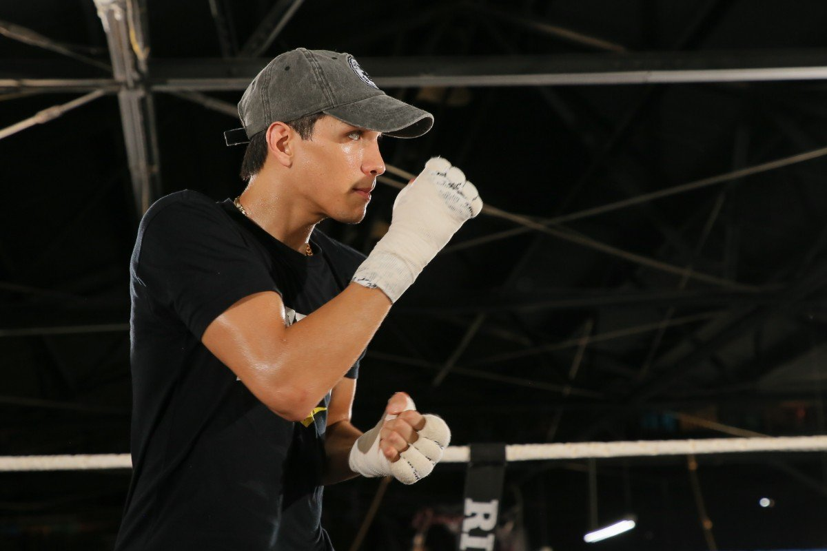 "Brandon Figueroa - Undefeated Super Lightweight Standout Omar ""El Relampago"" Juarez Talks Preparation for his Upcoming Fight on FS1 PBC Fight Night & on FOX Deportes this Saturday Night, from Bert Ogden Arena in Edinburg, Texas."