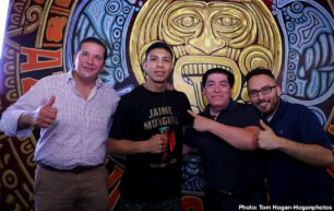 Jaime Munguia, Patrick Allotey, Romero Duno, Ryan Garcia - Jaime Munguia (33-0, 26 KOs) of Tijuana, Mexico and African warrior Patrick Allotey (40-3, 30 KOs) hosted their media workout today at Azteca Boxing Club ahead of their 12-round fight for the WBO Junior Middleweight World Title. This battle will take place on Saturday, Sept. 14 at Dignity Health Sports Park in Carson, Calif. and will be streamed live on DAZN.