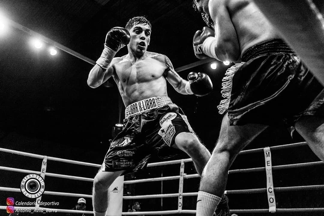 Andrés Campos, Ramon Velasquez - Chilean standout Andrés Campos who many say is one of the most highly regarded prospects to emerge from Latin American in recent times, captured his first major title in the Chilean Flyweight title this past weekend in Santiago de Chile.
