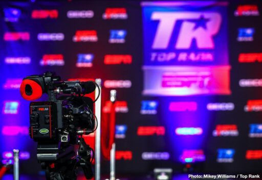 Artur Beterbiev, Luis Collazo, Oleksandr Gvozdyk, Top Rank Boxing - Light heavyweight champions Artur Beterbiev and Oleksandr Gvozdyk both made weight successfully on Thursday afternoon for their unification match this Friday evening on Top Rank Boxing on ESPN and ESPN Deportes. Beterbiev (14-0, 14 KOs) looked shredded at 174.5 lbs. Gvozdyk (17-0, 14 KOs) weighed 174.3 lbs. Both fighters look ready for war on Friday.