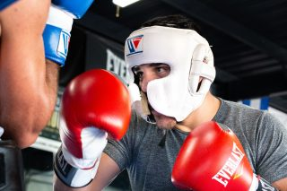 "Brian Carlos Castaño - Exciting welterweight Ryan ""Cowboy"" Karl will take on Costa Rica's Berman Aguilar in a 10-round welterweight fight and highly-regarded prospect David Morrell Jr. faces Quinton Rankin in an eight-round light heavyweight as part of FS1 PBC Fight Night and on FOX Deportes on Saturday, November 2 from MGM National Harbor in Maryland."