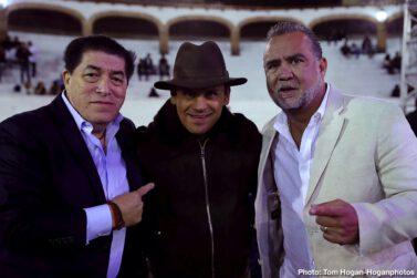 Pablo Cesar Cano, Roberto Ortiz - RICARDO SANDOVAL DEFEATS GILBERTO GONZALEZ VIA FIFTH-ROUND STOPPAGE