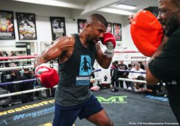 Badou Jack, Gervonta Davis, Jean Pascal, Yuriorkis Gamboa - Two-division world champion Badou Jack showed off his skills and previewed his upcoming title fight at a Las Vegas media workout Tuesday as he prepares to take on WBA Light Heavyweight Champion Jean Pascal Saturday, December 28 live on SHOWTIME from the award-winning State Farm Arena in Atlanta in a Premier Boxing Champions event.