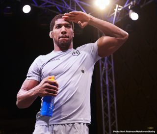 Anthony Joshua, Kubrat Pulev - It's been one hell of a weird year, and while the oddness is not over yet we fight fans could see a most eventful end of the year as far as the heavyweight division goes. Eddie Hearn has said Anthony Joshua will fight his IBF mandatory Kubrat Pulev in December, probably at The O2 in London – either with a live audience or without one.