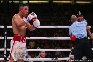 Julio Cesar Martinez - Julio Cesar Martinez says he would love to box in Mexico as a World champion as he plots his future in the latest episode of 'Peleamundo.'