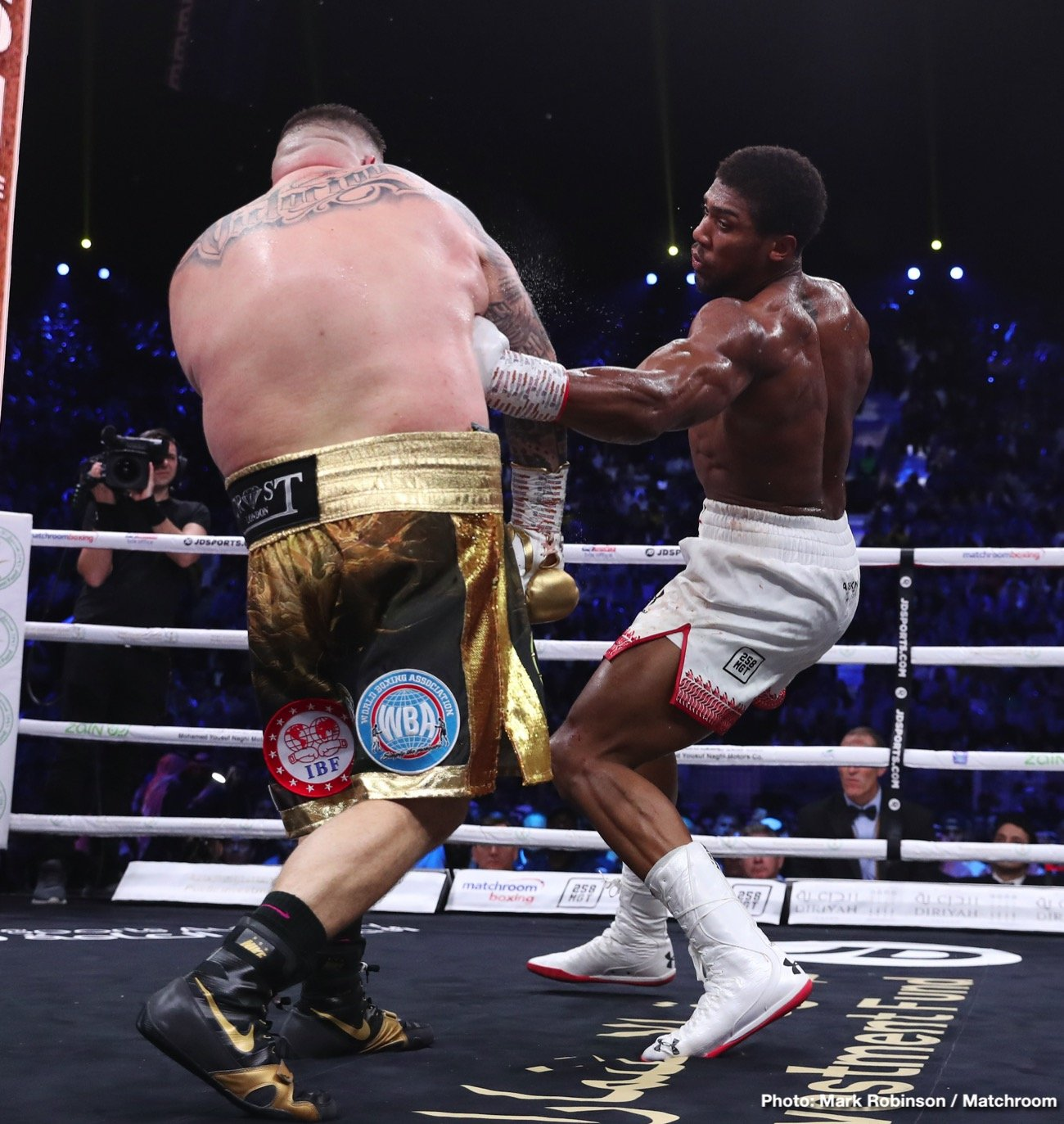 Andy Ruiz Jr, Anthony Joshua, Manny Robles - Boxing News