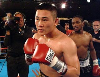 Dat Nguyen - The greatest professional boxer that Vietnam has ever produced has rekindled talks of making a comeback to the sport that he departed from almost 3 years ago.