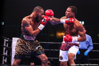 Jeison Rosario - WBA and IBF 154-pound champion Jeison Rosario stated his intention to go toe-to-toe with WBC Super Welterweight Champion Jermell Charlo when they clash this Saturday, September 26 live on SHOWTIME PPV (7 p.m. ET/4 p.m. PT) in the main event of part two of CHARLO DOUBLEHEADER, presented by Premier Boxing Champions.