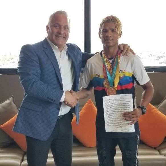 Luis Cabrera, Tuto Zabala - Miami, Florida: All Star Boxing, Inc has announced the signing of Rio 2016 Venezuelan Olympian Luis Angel Cabrera to a multi-year exclusive agreement. Cabrera, 24, has a decorated amateur background. In 2013, he captured the Gold medal in the Juvenile National Championship, 2014 Gold Medal Men's National Championship, 2015 Pan American Games Bronze medal, 2016 Rio Olympian, 2017 World Qualifiers Bronze medal, 2018 South America Games Silver Medal and 2019 Pan American Games Bronze Medal.