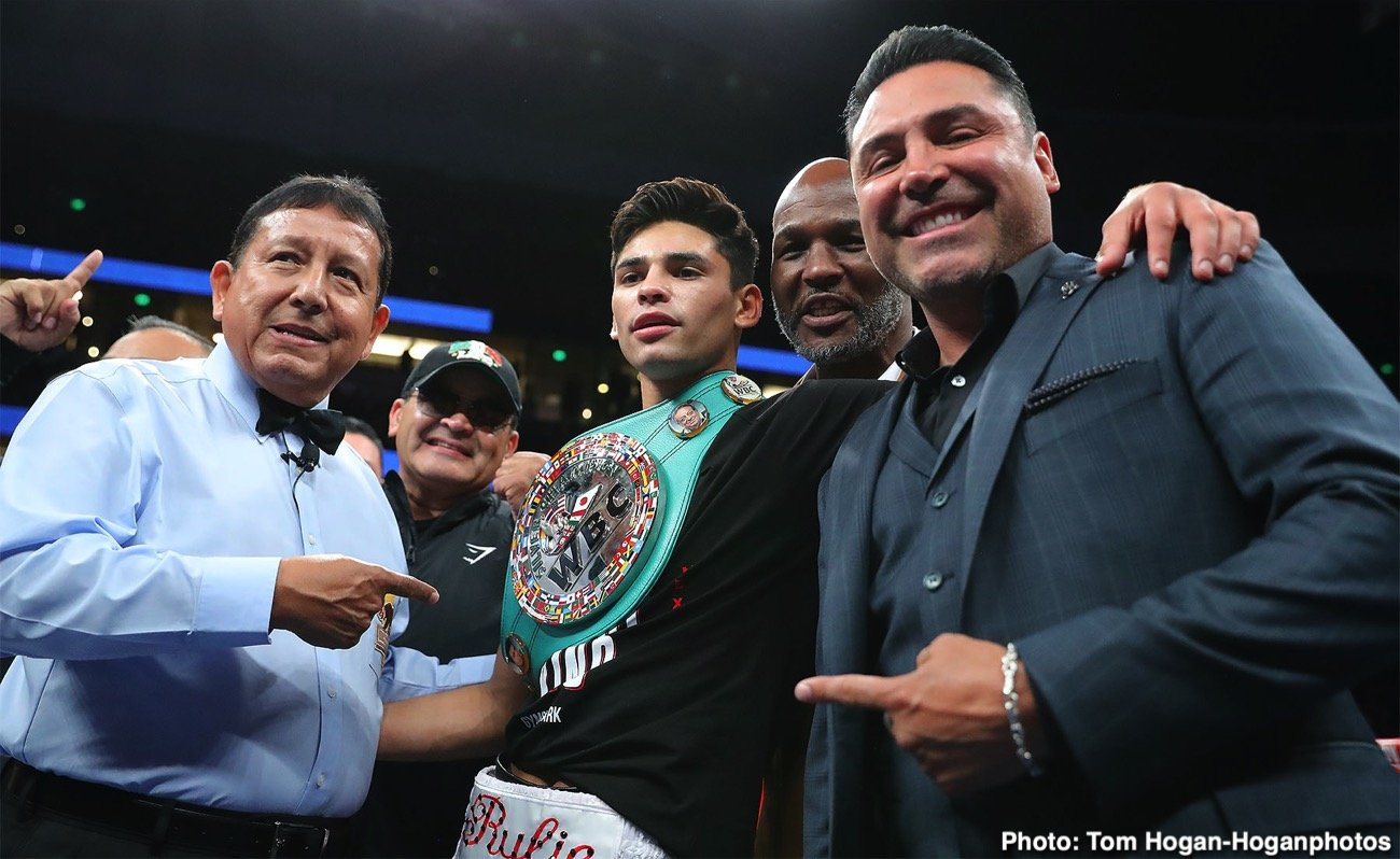 Clash of the Titans, Francisco Fonseca, Golden Boy Promotions, Jorge Linares, Ryan Garcia - Oscar De La Hoya has already reserved the Staples Center in Los Angeles for the fight between Ryan 'Kingry' Garcia and Jorge Linares for July. De Hoya is calling the Garcia-Linares fight, 'The Clash of the Titans.' It's a great title for the fight, which could reveal whether the 21-year-old Garcia (20-0, 17 KOs) is as good as Golden Boy Promotions believe him to be.