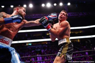 Vincent Feigenbutz - The highly skilled IBF 168-lb champion Caleb Plant (20-0, 12 KOs) trounced big underdog Vincent Feigenbutz (31-3, 28 KOs) in defeating him Saturday night by a 10th round TKO at the Bridgestone Arena in Nashville, Tennessee. The fight was shown on FOX.
