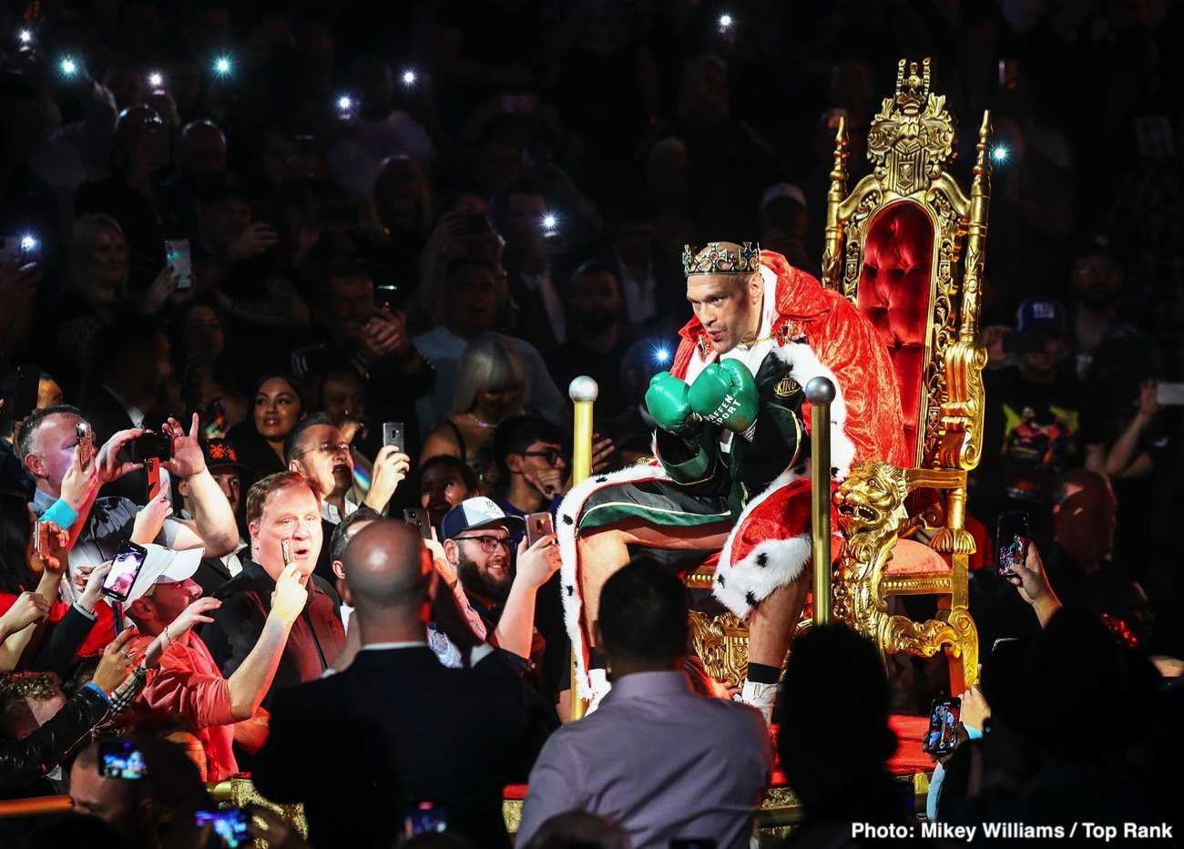 Deontay Wilder, Tyson Fury - Tyson Fury sees this trilogy match with former WBC heavyweight champion Deontay Wilder as the last chance for 'The Bronze Bomber' and he expects him to be ready to give it all he's got.