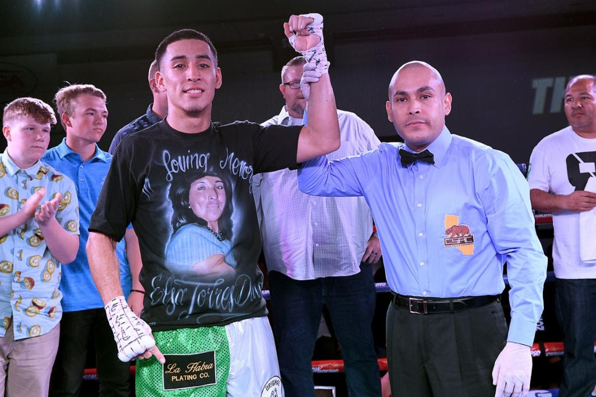 "Apti Davtaev, Ruben Torres - This past Friday, Thompson Boxing Promotions celebrated its 20th Anniversary in boxing with their signature ""Path to Glory"" event from the Doubletree Hotel in Ontario, Calif. In the main event, fan-favorite Ruben ""Ace"" Torres (12-0, 9 KOs) remained undefeated with a spectacular 4th round knockout over Gabino Cota (19-11-2, 17 KOs)."