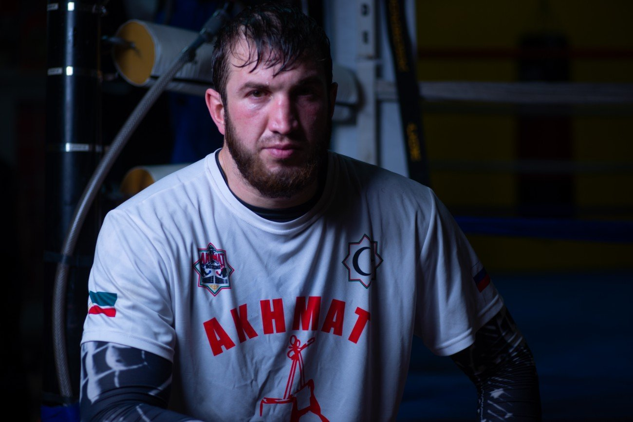 Apti Davtaev, Lucas Browne - Undefeated heavyweight power-puncher Apti Davtaev talked about the skills he has developed while training at the famed Kronk Gym in Detroit as he prepares to take on veteran Lucas Browne in the 10-round co-main event live on SHOWTIME® (10 p.m. ET/7 p.m. PT) Saturday, March 28 from Park Theater at Park MGM in Las Vegas in a Premier Boxing Champions event.
