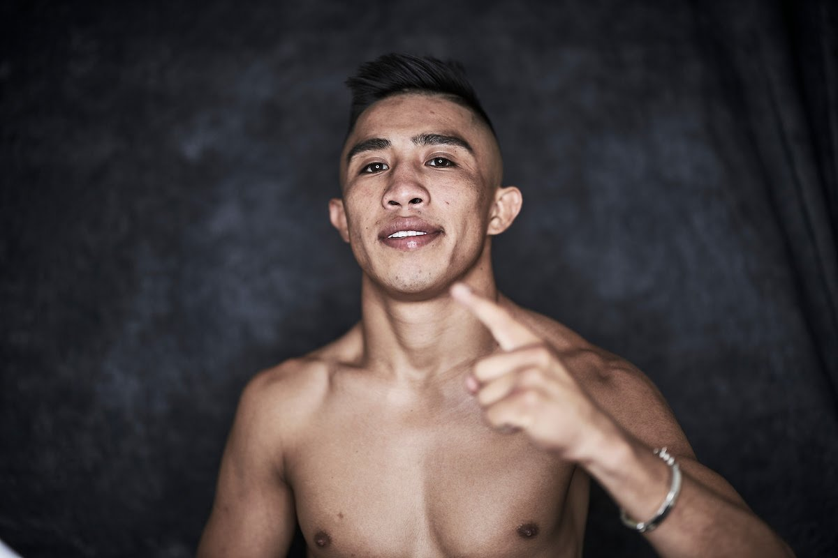 Julio Cesar Martinez - Eddy Reynoso says Julio Cesar Martinez will aim to unify the Flyweight division before moving to Super-Flyweight for blockbuster bouts against the likes of Juan Francisco Estrada and Roman 'Chocolatito' Gonzalez, as the Ring Magazine trainer of the year maps out Martinez's path on this weekend's episode of 'Peleamundo.'