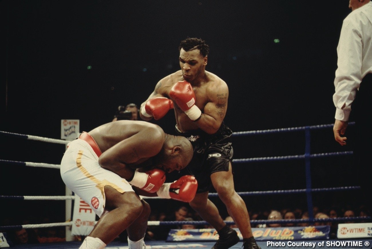 David Haye, Mike Tyson, Roy Jones Jr. - It's interesting that, while plenty of pundits have taken offense at the September 12 exhibition fight between legends Mike Tyson and Roy Jones Jr (see veteran scribe Colin Hart's recent article in The Sun, in which Hart says The California Commission should be ashamed of themselves for allowing the bout to take place) – fellow fighters have a far more positive view of the bout.