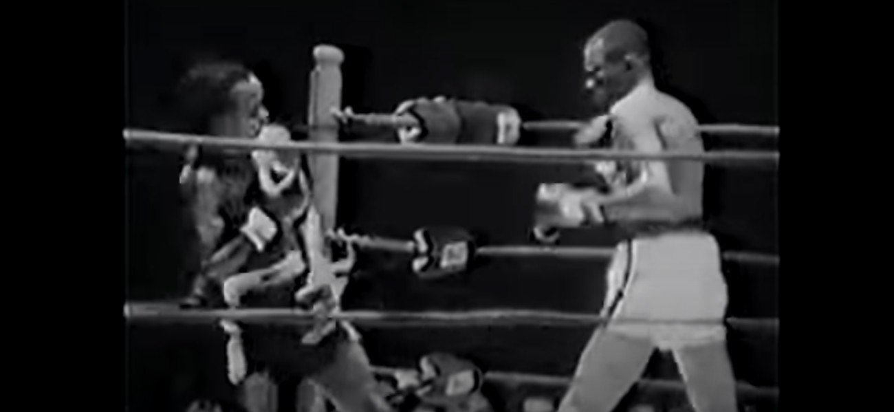 "Boxing History - In sad news, it has been reported how Curtis Cokes passed away yesterday at the age of 82. The world welterweight champion from 1966 to 1969, Cokes was a superbly skilled counter-puncher who very much lived by the Sweet Science code of ""hit and not get hit."" Cokes, who lived a very fulfilled and distinguished life, passed away due to heart failure."