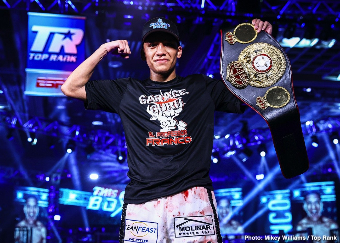 Miguel Contreras - According to the oddsmakers, it was an upset, but Joshua Franco (17-1-2, 8 KOs) was not surprised. Franco defeated Andrew Moloney via unanimous decision to win the WBA super flyweight world title Tuesday evening by scores of 115-112 and 114-113 2x.