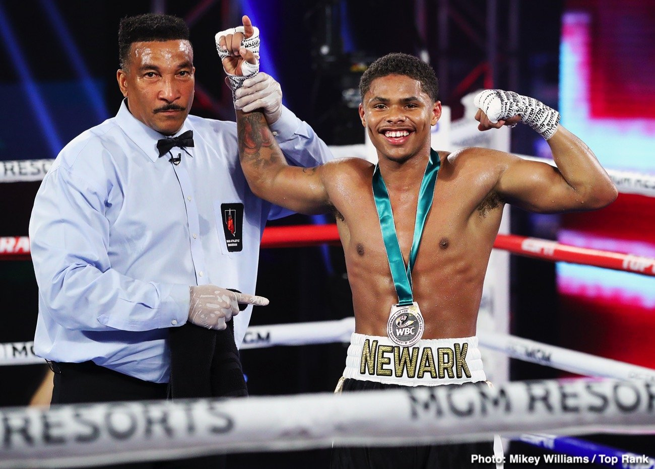 Miguel Berchelt - Shakur Stevenson has decided to stay at 130 following his victory over Felix Caraballo on June 9, and he wants to after the best in the division. At super featherweight, Stevenson is interested in facing WBC champion Miguel Berchelt according to Mike Coppinger.